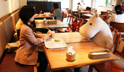 140514111518-moomin-cafe-04