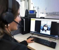 Agentes de aeropuertos virtuales: agente a pedido
