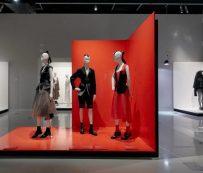 Exposiciones virtuales de diseño de moda: exposición de diseño de moda