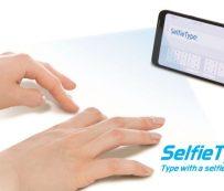Teclados virtuales móviles: SelfieType