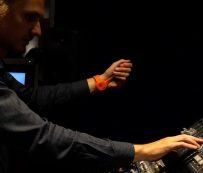Hand Movement Music Devices: creador de música portátil